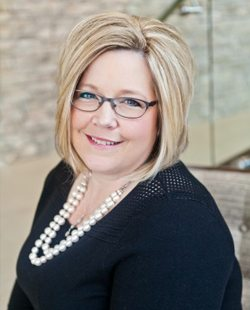 Racquel Thiesen | Associate and Community Leadership Consultant