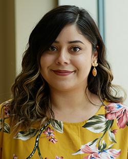 Idalia Loya | Associate